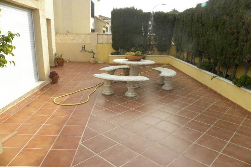 La Nucia,Alicante,España,4 Bedrooms Bedrooms,4 BathroomsBathrooms,Casas,16180