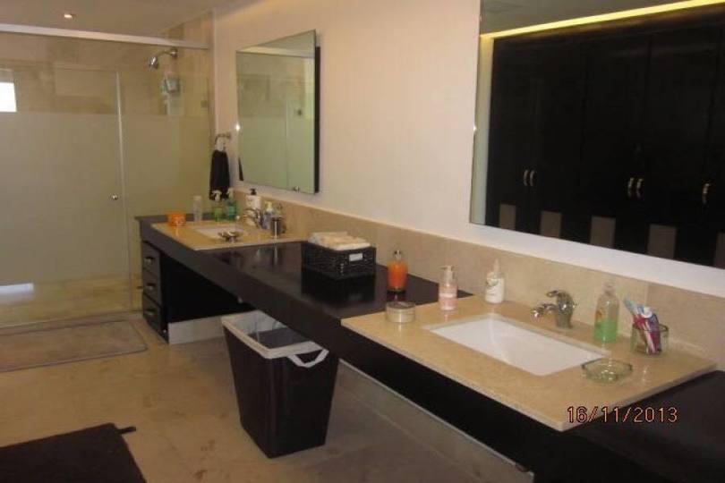Acapulco,Guerrero,México,4 Habitaciones Habitaciones,3 BañosBaños,Apartamentos,2390