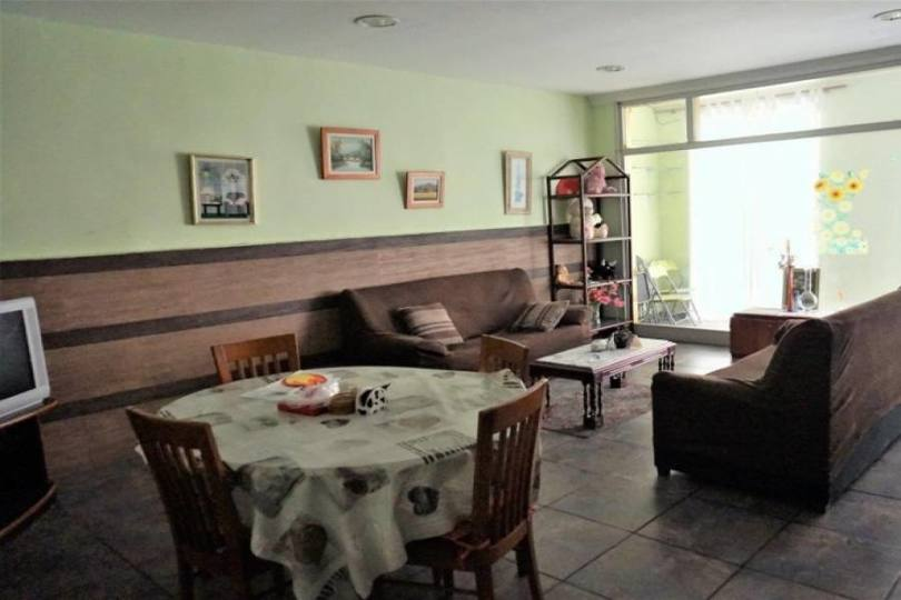 Dénia,Alicante,España,4 Bedrooms Bedrooms,2 BathroomsBathrooms,Casas,16582