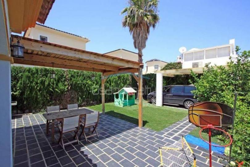 Dénia,Alicante,España,3 Bedrooms Bedrooms,2 BathroomsBathrooms,Casas,16602