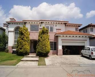 Lerma,Estado de Mexico,México,3 Habitaciones Habitaciones,3 BañosBaños,Casas,2416