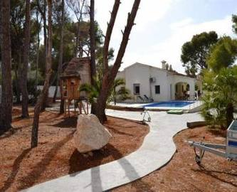 Dénia,Alicante,España,5 Bedrooms Bedrooms,2 BathroomsBathrooms,Chalets,16743