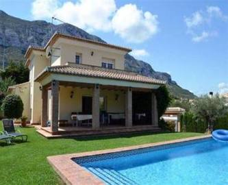 Dénia,Alicante,España,4 Bedrooms Bedrooms,2 BathroomsBathrooms,Chalets,16748