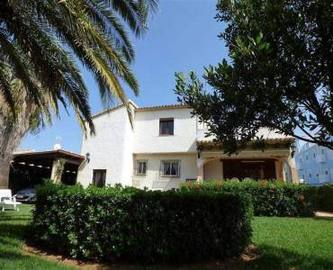 Dénia,Alicante,España,4 Bedrooms Bedrooms,2 BathroomsBathrooms,Chalets,16765