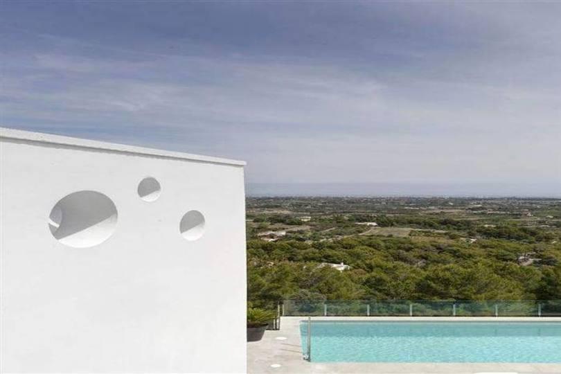 Pedreguer,Alicante,España,4 Bedrooms Bedrooms,5 BathroomsBathrooms,Chalets,16776