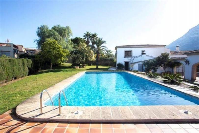 Dénia,Alicante,España,5 Bedrooms Bedrooms,5 BathroomsBathrooms,Chalets,16805