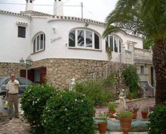 Dénia,Alicante,España,4 Bedrooms Bedrooms,4 BathroomsBathrooms,Chalets,16840