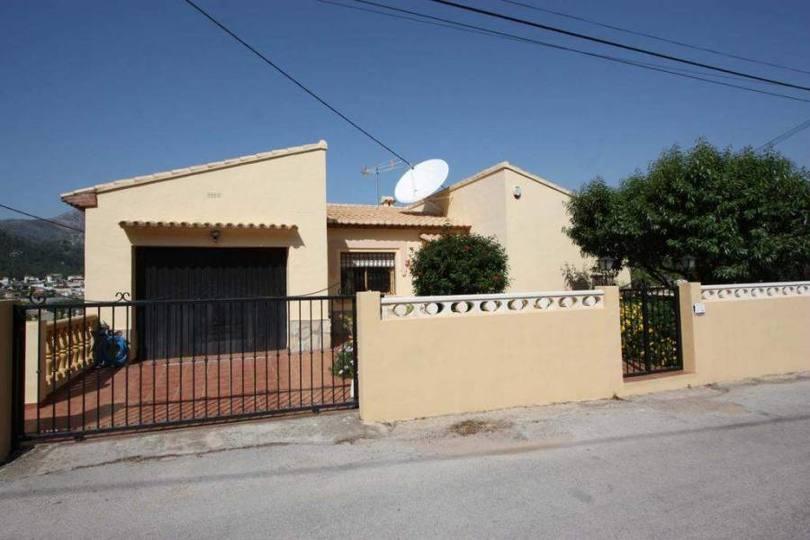 Orba,Alicante,España,3 Bedrooms Bedrooms,3 BathroomsBathrooms,Chalets,16867