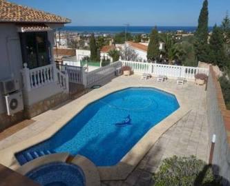 Dénia,Alicante,España,4 Bedrooms Bedrooms,3 BathroomsBathrooms,Chalets,16904