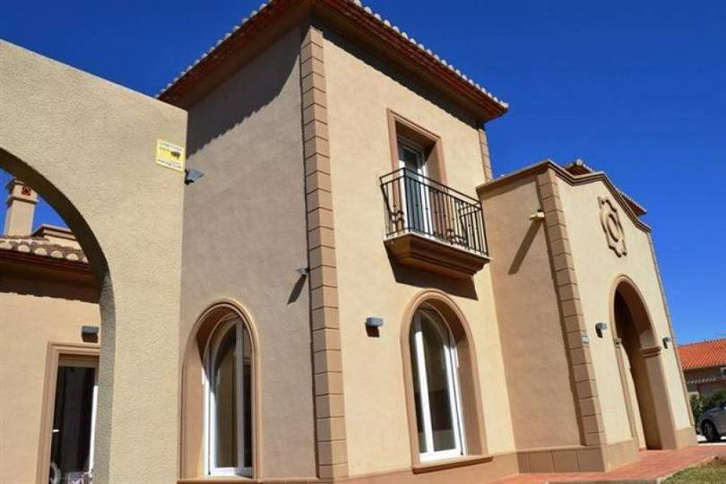 Dénia,Alicante,España,4 Bedrooms Bedrooms,4 BathroomsBathrooms,Chalets,16917