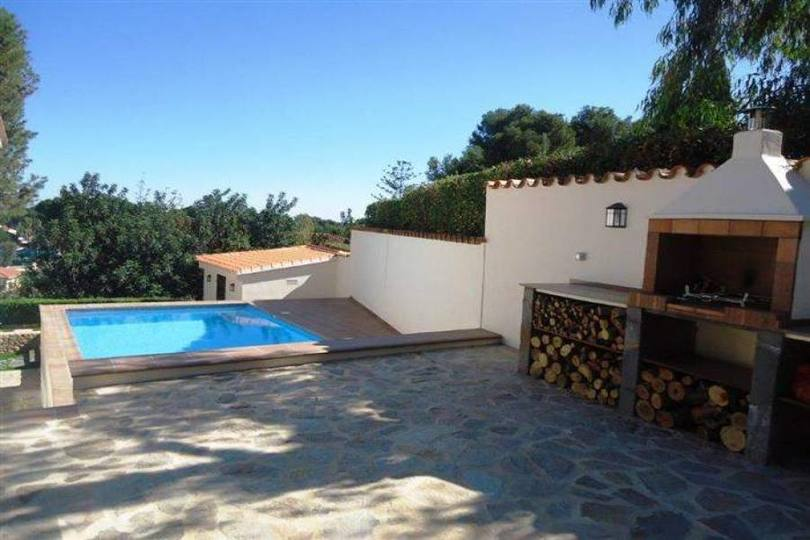 Dénia,Alicante,España,5 Bedrooms Bedrooms,3 BathroomsBathrooms,Chalets,16924