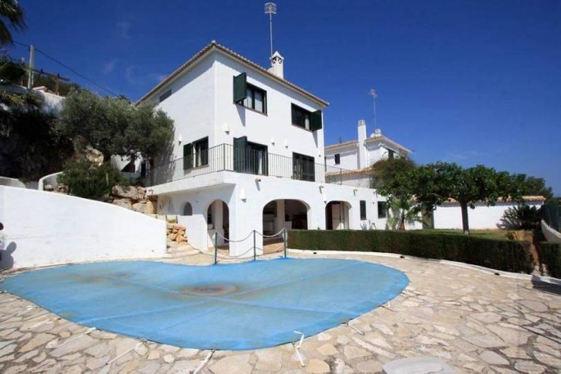 Dénia,Alicante,España,5 Bedrooms Bedrooms,3 BathroomsBathrooms,Chalets,17009