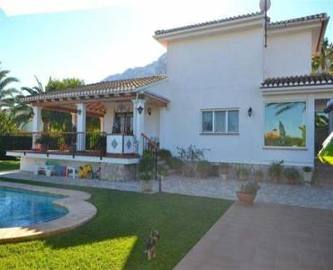Dénia,Alicante,España,3 Bedrooms Bedrooms,3 BathroomsBathrooms,Chalets,17011