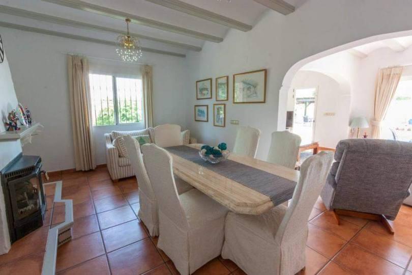 Tormos,Alicante,España,4 Bedrooms Bedrooms,3 BathroomsBathrooms,Chalets,17012