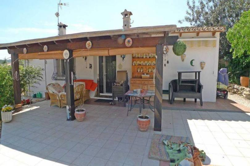 Jalon-Xalo,Alicante,España,3 Bedrooms Bedrooms,2 BathroomsBathrooms,Chalets,17024