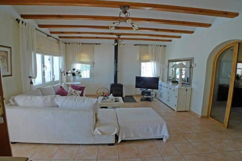 Benichembla,Alicante,España,3 Bedrooms Bedrooms,3 BathroomsBathrooms,Chalets,17043