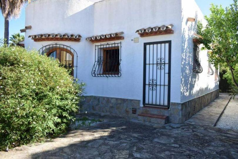 Els Poblets,Alicante,España,3 Bedrooms Bedrooms,2 BathroomsBathrooms,Chalets,17045