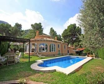 Dénia,Alicante,España,3 Bedrooms Bedrooms,2 BathroomsBathrooms,Chalets,17049