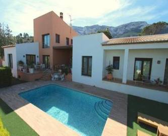 Dénia,Alicante,España,4 Bedrooms Bedrooms,4 BathroomsBathrooms,Chalets,17051