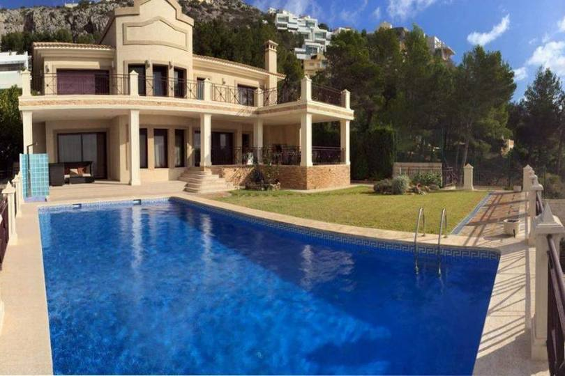 Altea,Alicante,España,5 Bedrooms Bedrooms,7 BathroomsBathrooms,Chalets,17064