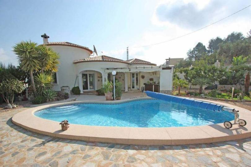 Orba,Alicante,España,3 Bedrooms Bedrooms,2 BathroomsBathrooms,Chalets,17070