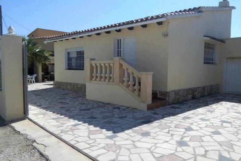 Dénia,Alicante,España,3 Bedrooms Bedrooms,1 BañoBathrooms,Chalets,17071