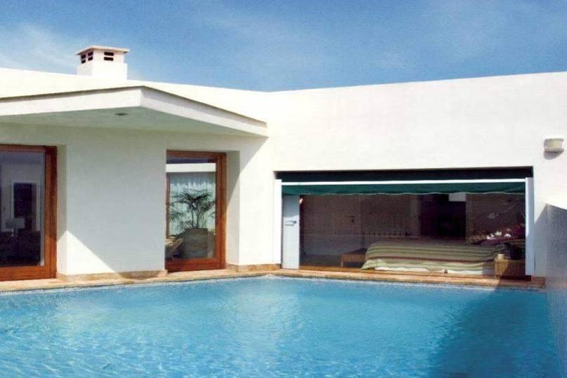 Dénia,Alicante,España,3 Bedrooms Bedrooms,2 BathroomsBathrooms,Chalets,17100