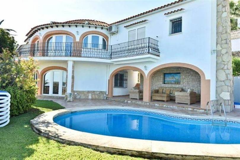 Dénia,Alicante,España,4 Bedrooms Bedrooms,4 BathroomsBathrooms,Chalets,17104