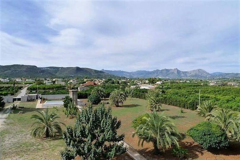 Pedreguer,Alicante,España,5 Bedrooms Bedrooms,4 BathroomsBathrooms,Chalets,17110