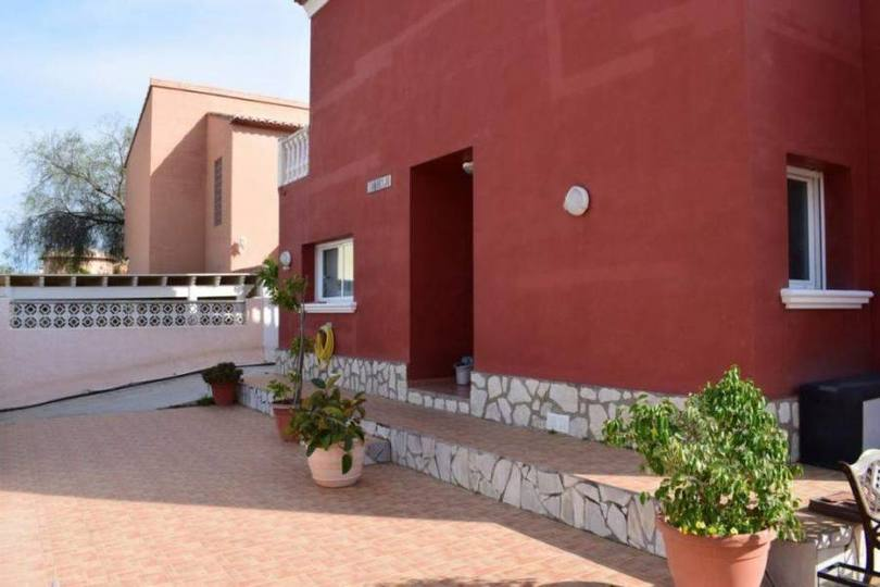 Dénia,Alicante,España,4 Bedrooms Bedrooms,2 BathroomsBathrooms,Chalets,17112