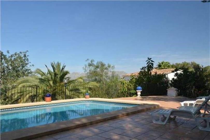 Pedreguer,Alicante,España,3 Bedrooms Bedrooms,3 BathroomsBathrooms,Chalets,17115