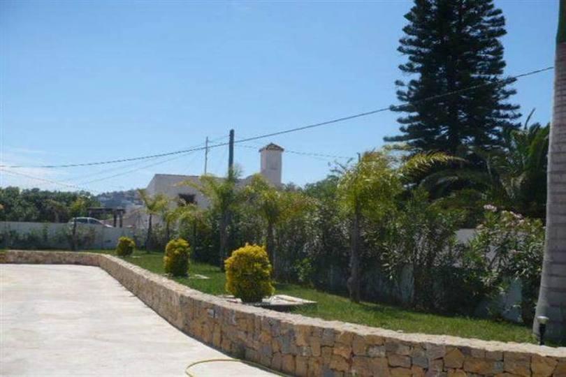 Dénia,Alicante,España,4 Bedrooms Bedrooms,3 BathroomsBathrooms,Chalets,17141