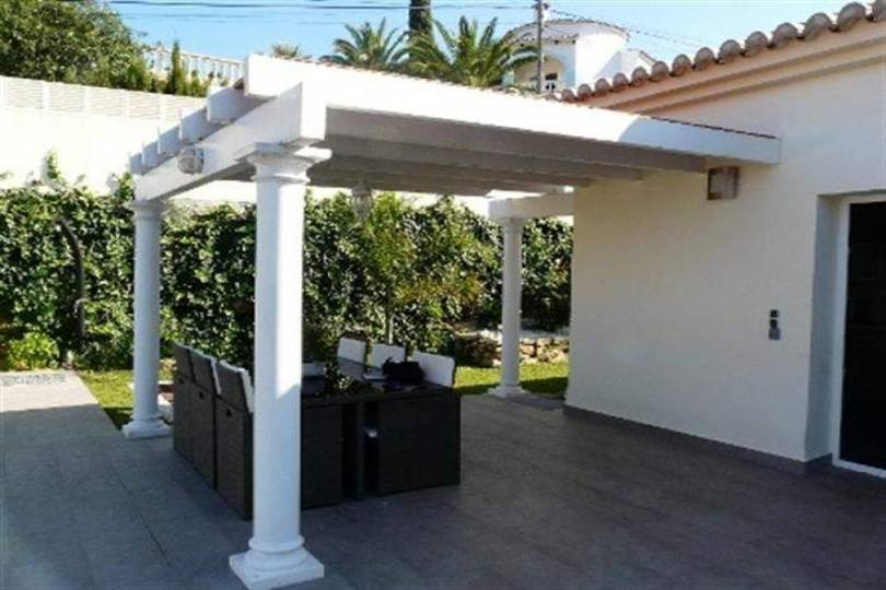 Dénia,Alicante,España,3 Bedrooms Bedrooms,2 BathroomsBathrooms,Chalets,17160