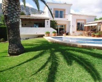Dénia,Alicante,España,4 Bedrooms Bedrooms,4 BathroomsBathrooms,Chalets,17161