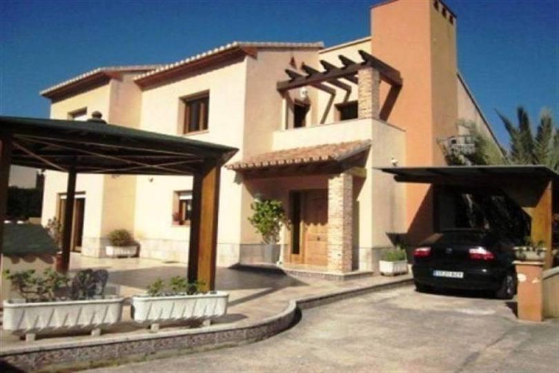 Dénia,Alicante,España,5 Bedrooms Bedrooms,4 BathroomsBathrooms,Chalets,17165