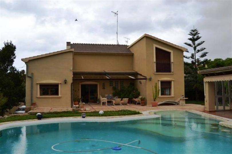 Dénia,Alicante,España,3 Bedrooms Bedrooms,2 BathroomsBathrooms,Chalets,17175