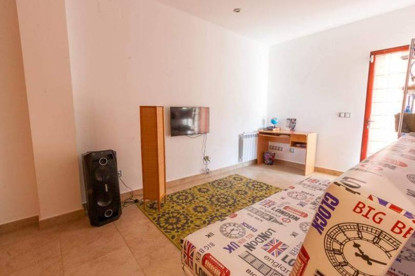 Orba,Alicante,España,3 Bedrooms Bedrooms,3 BathroomsBathrooms,Chalets,17207