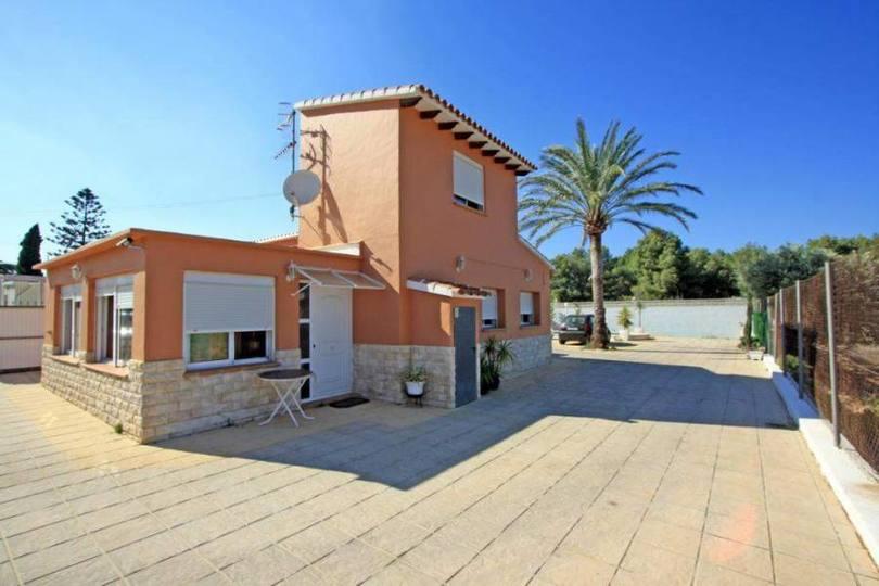 Dénia,Alicante,España,3 Bedrooms Bedrooms,1 BañoBathrooms,Chalets,17208