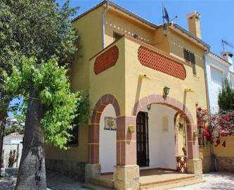 Dénia,Alicante,España,5 Bedrooms Bedrooms,2 BathroomsBathrooms,Chalets,17209