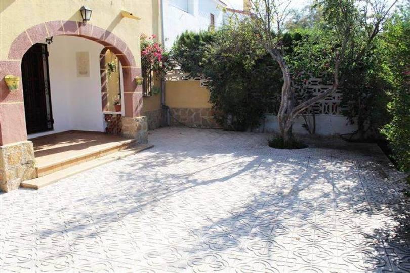 Dénia,Alicante,España,5 Bedrooms Bedrooms,2 BathroomsBathrooms,Chalets,17209