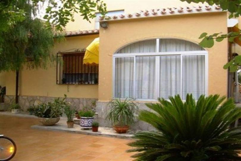 Ondara,Alicante,España,5 Bedrooms Bedrooms,2 BathroomsBathrooms,Chalets,17215