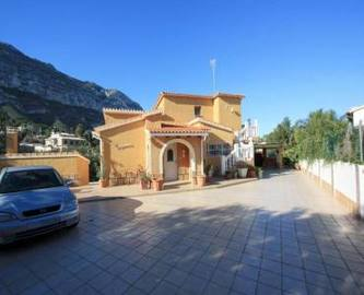 Dénia,Alicante,España,4 Bedrooms Bedrooms,3 BathroomsBathrooms,Chalets,17220