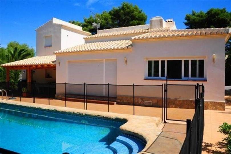 Javea-Xabia,Alicante,España,4 Bedrooms Bedrooms,2 BathroomsBathrooms,Chalets,17225