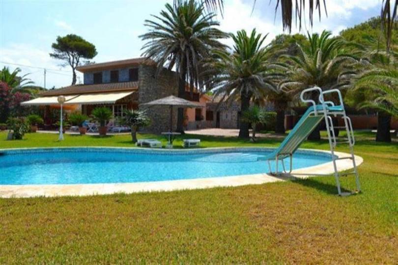Dénia,Alicante,España,5 Bedrooms Bedrooms,3 BathroomsBathrooms,Chalets,17243