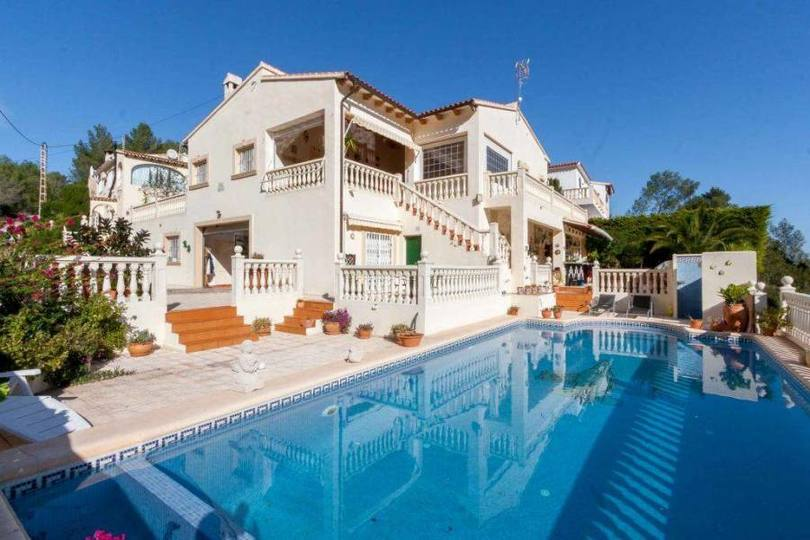 Orba,Alicante,España,4 Bedrooms Bedrooms,3 BathroomsBathrooms,Chalets,17250