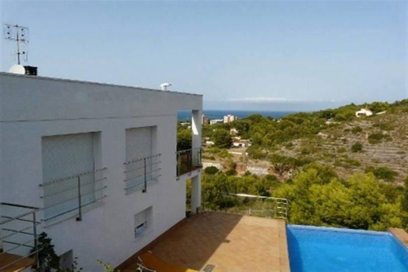Dénia,Alicante,España,5 Bedrooms Bedrooms,4 BathroomsBathrooms,Chalets,17252