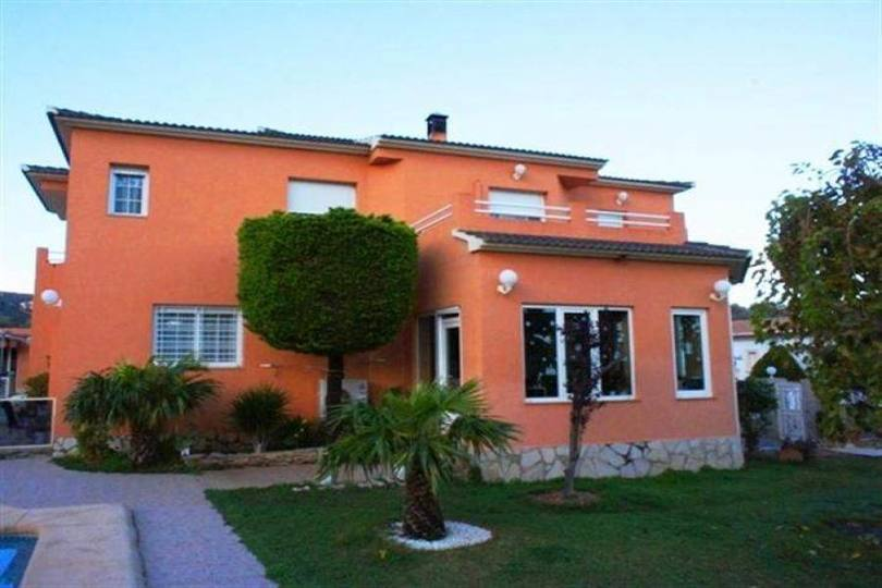 Dénia,Alicante,España,5 Bedrooms Bedrooms,4 BathroomsBathrooms,Chalets,17260
