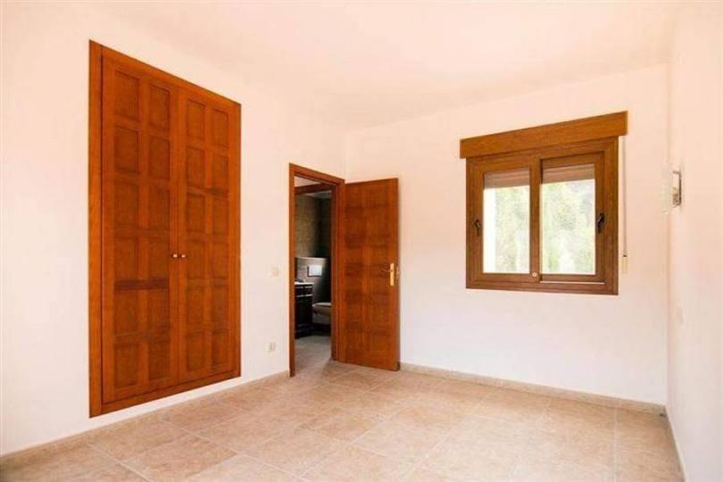 Calpe,Alicante,España,2 Bedrooms Bedrooms,2 BathroomsBathrooms,Chalets,17262