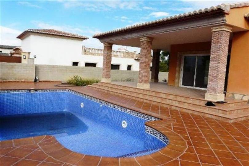 Dénia,Alicante,España,3 Bedrooms Bedrooms,3 BathroomsBathrooms,Chalets,17265