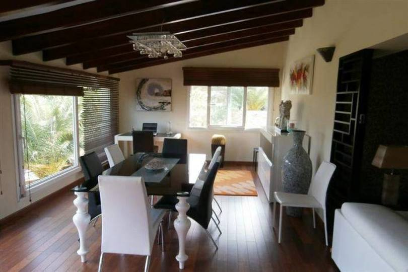 Dénia,Alicante,España,6 Bedrooms Bedrooms,4 BathroomsBathrooms,Chalets,17266